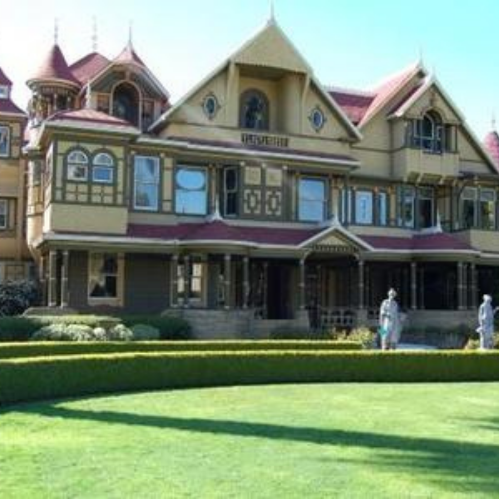 Winchester Mystery Mansion